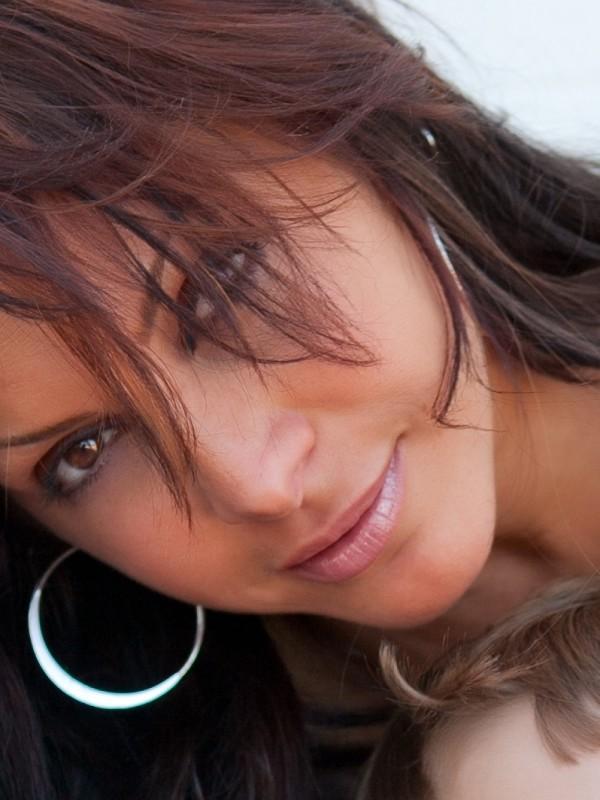 Joelle Righetti Headshot 4